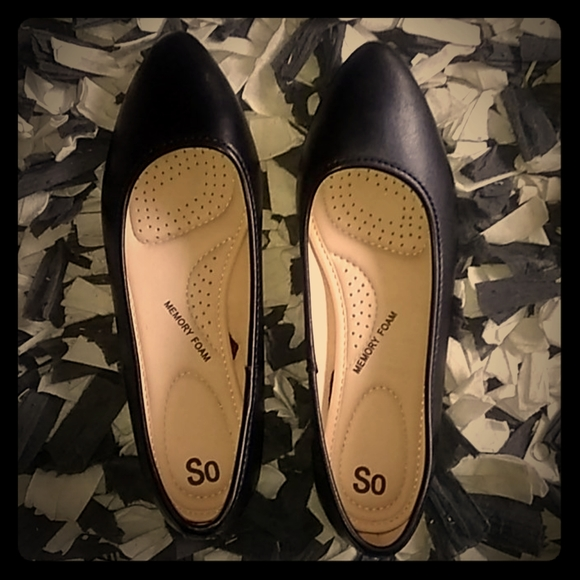 SO Shoes - I'm selling these brand new fancy shoes